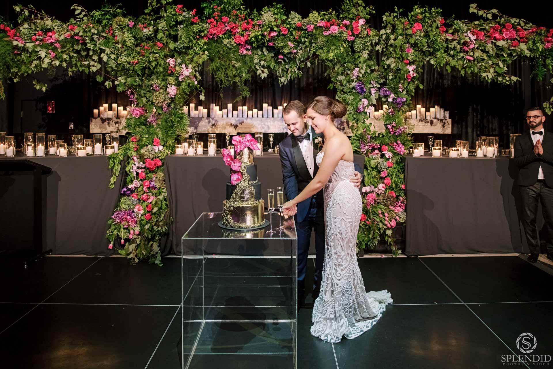 Ivy Ballrom Wedding_Amy and Julien-107