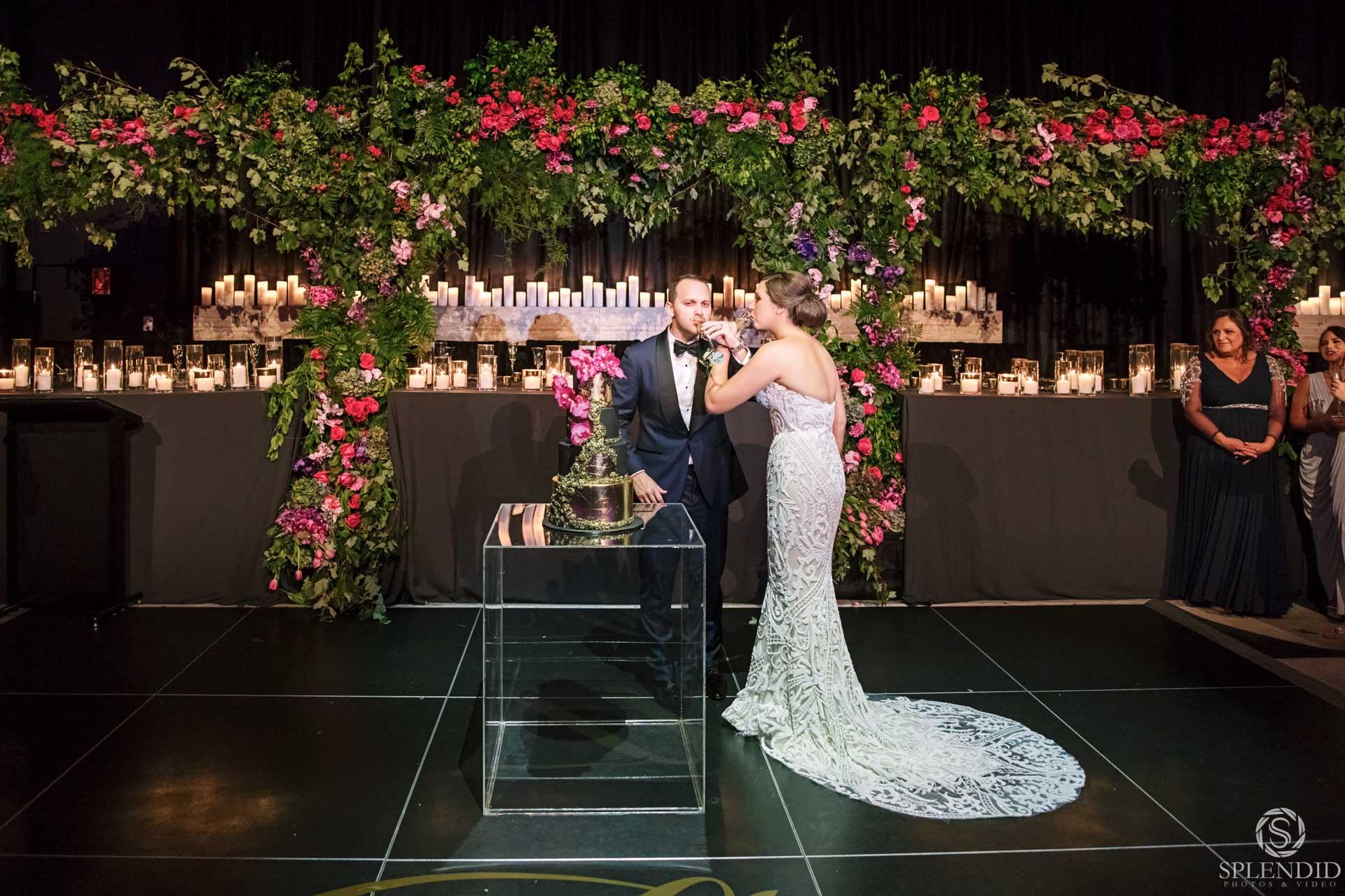 Ivy Ballrom Wedding_Amy and Julien-108