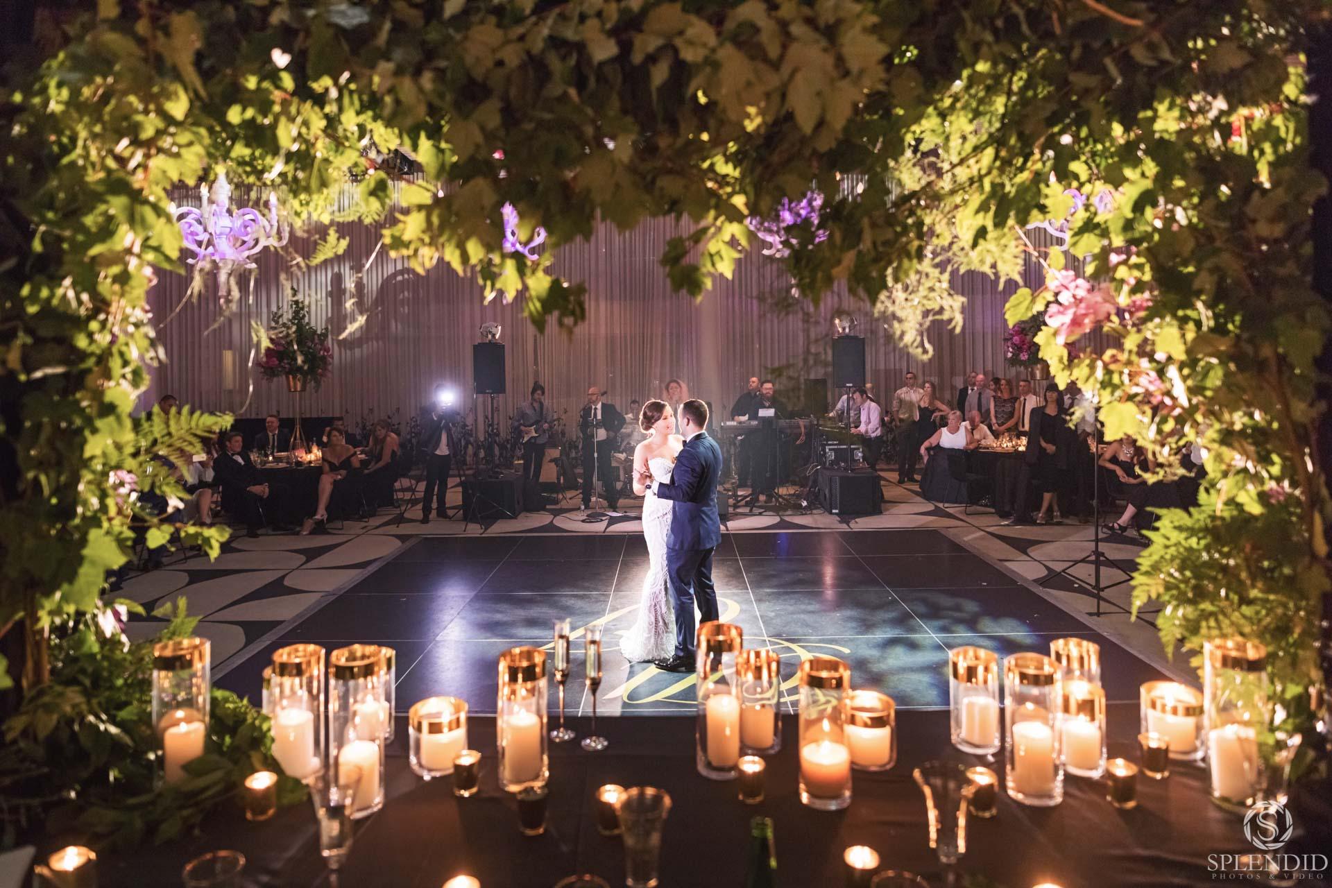 Ivy Ballrom Wedding_Amy and Julien-109
